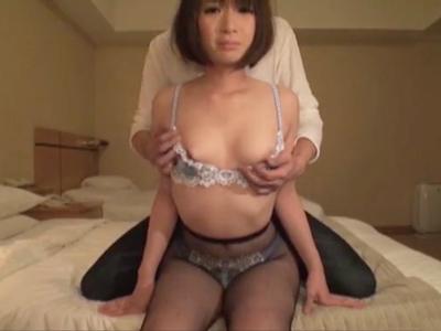 「あっつぅい‥」美乳娘のロリマンズボハメ→大量顔射!
