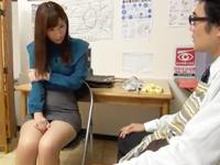 【女教師 集団】巨乳の女教師の集団中出しプレイ動画。【エロまとめ動画モンモン】