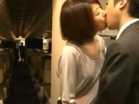 「OMG!」飛行中の機内でフェラ現場を目撃した白人CA→欲情感化され参入!