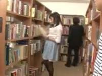 「だめっ!やめて!」図書館で巨乳美少女を無理やり立ちバックで突きまくる!