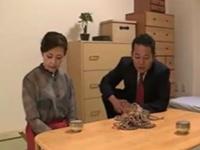 (SM)人妻の凌辱ムービー。「こういう趣味があったんですか?」ダンナの上司に脅され緊縛凌辱させられる人妻
