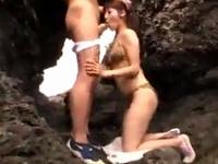 グラマーなお姉さんと海辺で開放感溢れる青姦SEX!