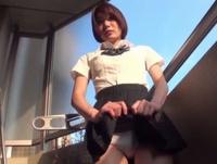 ベランダでパンツ見せびらかす美少女女子高生が巨根で突かれ悶絶!