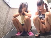 「お母さんに怒られちゃうよぉ‥」公営団地のガチロリ娘2人組に大人チンポぶち込み性教育開始!