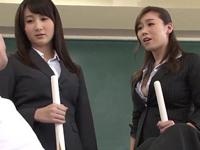 女教師が言うことを聞かない不良男子校生に足コキ体罰で制裁