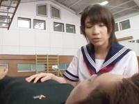 「先生、おっきくなってるょ?」ロリなバスケ部JKが先生を痴女って生ハメ3P!