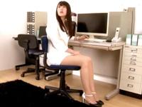 モデル体型の神美女OLにフル勃起→立ちバックハメに本気イキ!