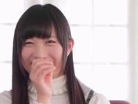 現役女子大生の本物アイドルがAVデビュー!恥じらいながらも徐々に感じて本気イキ!
