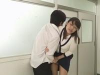 おとなしそうな人妻女教師が生徒に調教され肉便器状態w