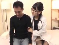 「もっとしてっ!」眼鏡女医が患者のチンポを痴女る