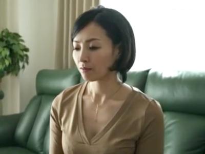 声を押し殺しながら夫の同僚に調教され寝取られた熟女人妻