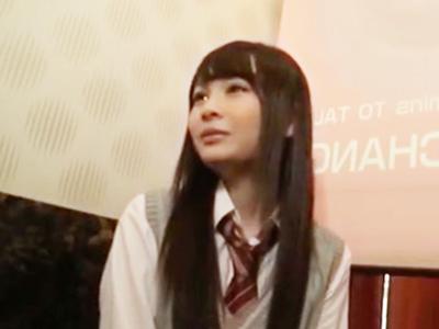 渋谷の道玄坂裏にある出会い喫茶で制服JKに媚薬盛って中出し援交!