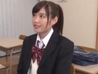 「ぁぁッ…んんっ」制服姿の美少女JKと教室でズボハメ!
