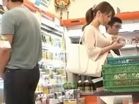「嫌!やめて!」スーパーで買い物中の人妻が店員と客に中出しレイプされる!