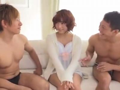 「いっぱい出てるっ」紗倉まなが溢れ出るぐらいのザーメンを膣内に出され大満足w