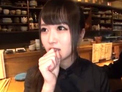 アイドル以上にカワイイ萌声美少女が店長不在時にバイト先でなし崩しハメw