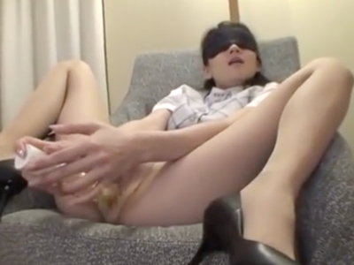 スレンダーOLが膣が壊れる程の激しいピストンで突かれ悶絶絶頂!