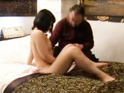 ラブホの一室に隠しカメラを仕掛けリアルな性交現場をガチ盗撮!