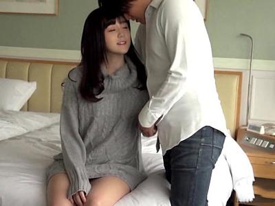 アイドル級の清楚娘がイケメン巨根の激ピス顔射にアヘ顔イキw