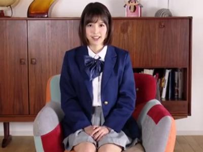 JK姿の葵つかさちゃんが童貞チンポからザーメン吸い上げ!