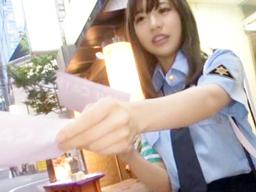 新宿でナンパしたガールズバー店員と婦警コスプレSEX