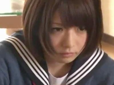 【イタズラ】ロリの美少女女子校生妹のイタズラプレイ動画。【javynow】