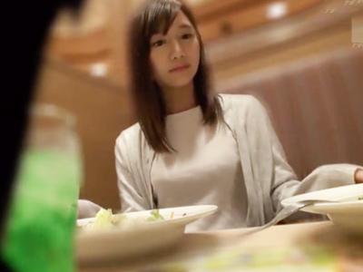 渋谷でナンパした清純女子大生を自宅に持ち帰り即パコw