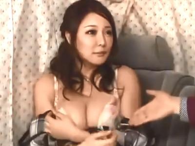 「中に出したの?」釣った若奥様に濃いザーメンたっぷり膣内射精!
