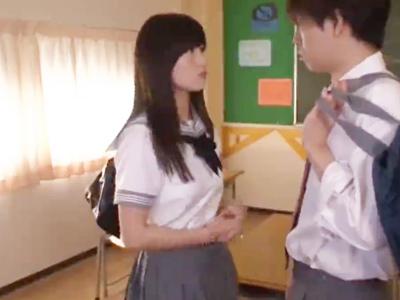 「ここでしちゃお?w」転入してきた巨乳JK娘と放課後の教室でしっぽりパコ