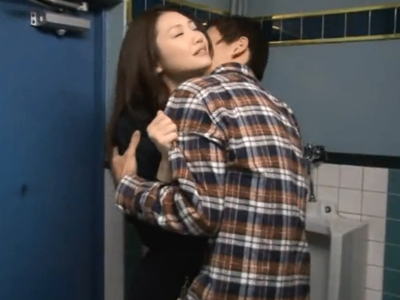 「お姉ちゃんよりイィでしょw」妻の妹は巨乳JK→当然隠れて浮気セックスw