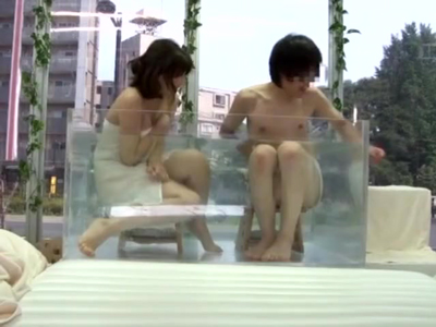 MM号混浴で距離が近づきパコっちゃう友達同士の素人男女