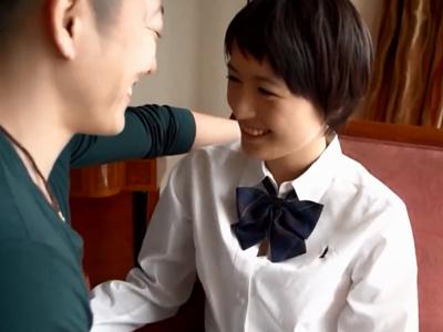 美乳ショトカな現役JKと白昼ホテルで暴発気味のぶっかけファック!