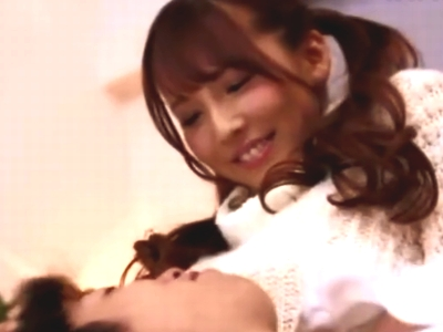 元国民的アイドルの三上悠亜が汗だくになりながら激ピスに悶えイキ!