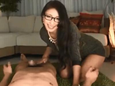 「いっぱい出して」ドスケベ秘書の激しい腰振り騎乗に耐えきれず膣内射精w