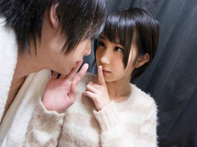 「ぜったい秘密だよ!」男友達にHの練習をさせてあげる優しい美少女