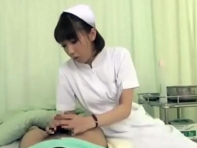 抜群手コキ→膣コキコンボで患者ザーメン抜き取る痴女ナースw