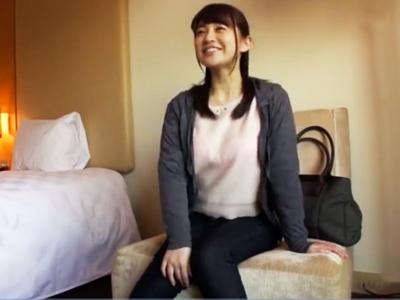激カワ素人妻ナンパ成功→即日ホテルに連れ込んで他人棒ザーメンたっぷり顔射w