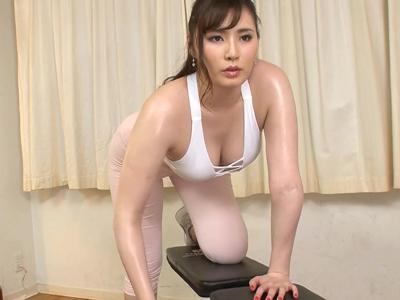 ガチ運動しながら膣内の筋力も鍛えるアスリートSEX