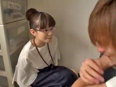 超絶恥ずかしがり屋なSOD女子社員が度胸をつけるハメ撮りパコ