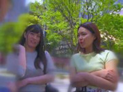 ママ友同士の2人組をナンパ→友達の前で恥ずかしがりながらも激しくイキまくる3Pパコ