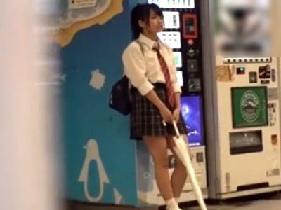 「あぁあ~オマンコだめぇ♥」電マ&チンポでガチイキする円光JKに大量種付け!
