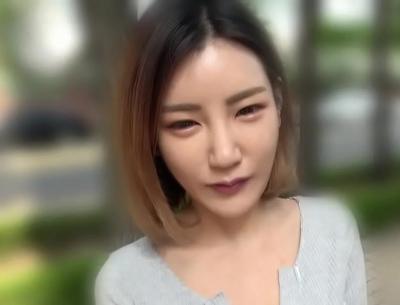 韓流アイドルにガチでいそうなオルチャン美女をナンパ!日本人チンポも喉奥までしゃぶってくれる有能異文化交流!