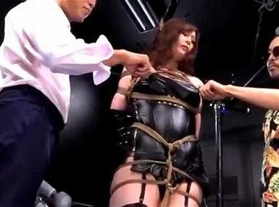 罠にハメられたクイーンズクラブの女王様…自らが凌辱の対象になり精神崩壊!