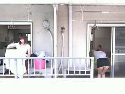マンションのお隣同士に住む若妻たちがお互いの夫を入れ替えての禁断のW不倫