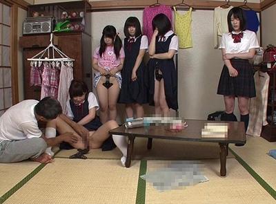 「お、お父さん…いや」姉妹5人が鬼畜親父に初潮が始まったその日から調教されてる理由