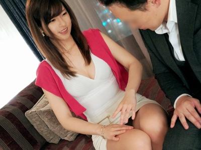 元アナウンサーの26歳お姉さんが23年ほど彼氏不在で…欲求爆発AV出演!